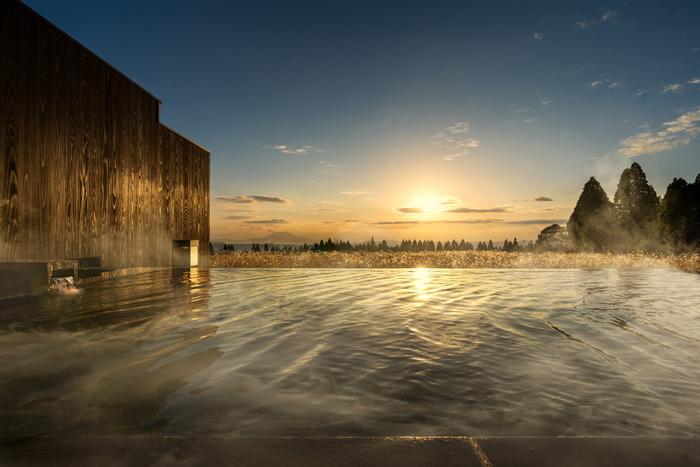 「界 霧島」の露天風呂