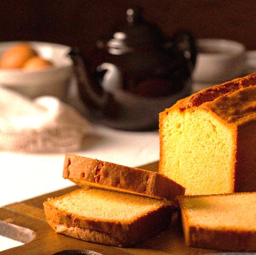 芳醇なバターが香る「ケーク・オ・ブール・エシレ」1カット864円(税込)