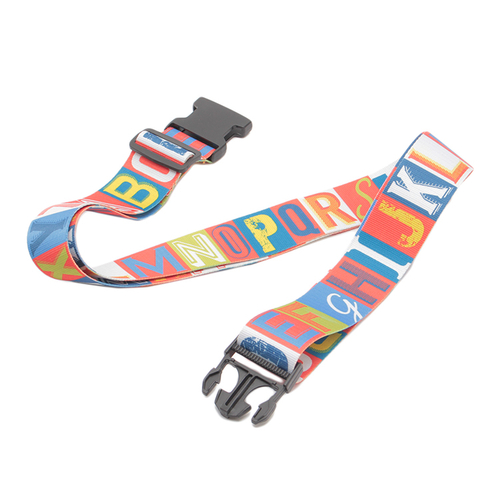 「スーツケースベルト  Alphabet」価格:790円/ポップなデザインのスーツ ケース用ベルト。 自分の荷物の目印としても。