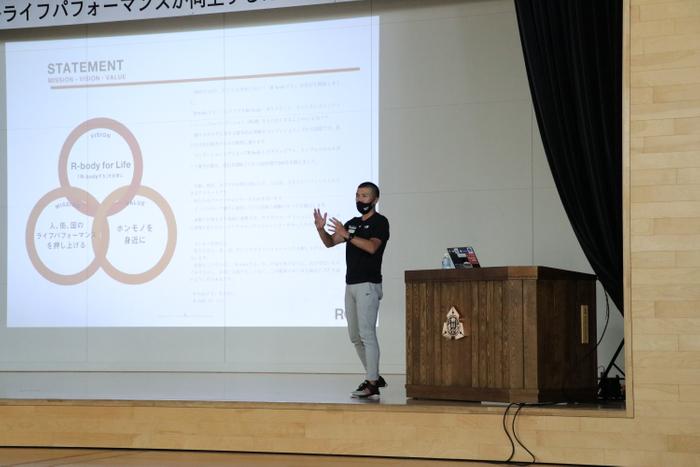 鈴木代表の講演