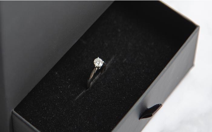 マルチクッションは指輪も素敵にデザイン