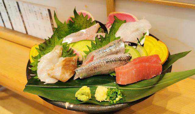 【駅近ドットコム掲載開始】新鮮でリーズナブルなお寿司を味わいたい方は『日本橋 すし 釣りきん』へ 画像
