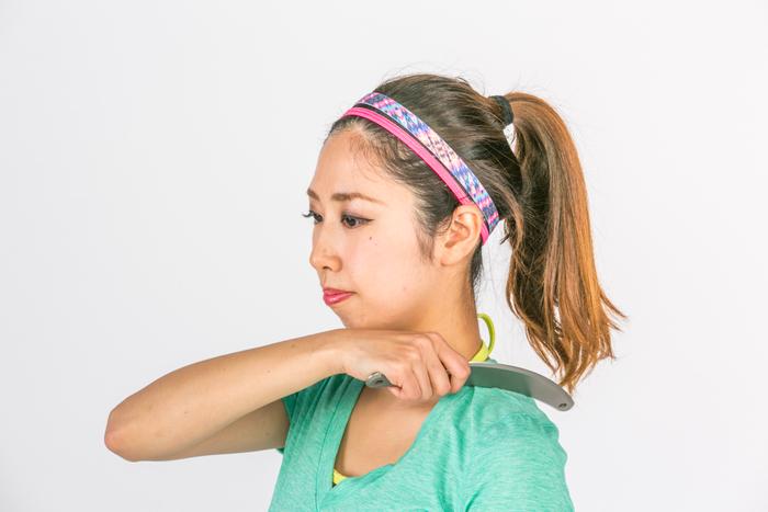 女性の肩こり予防にスキンストレッチ