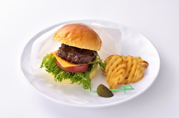 ビーフバーガー ¥1,200