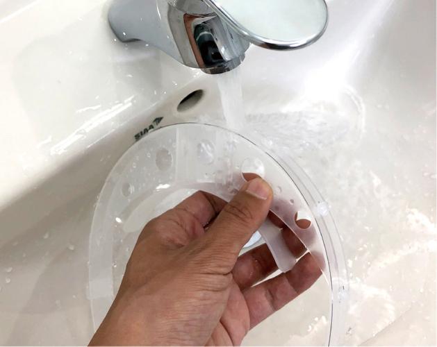 オールプラスチックのため、丸洗い可能