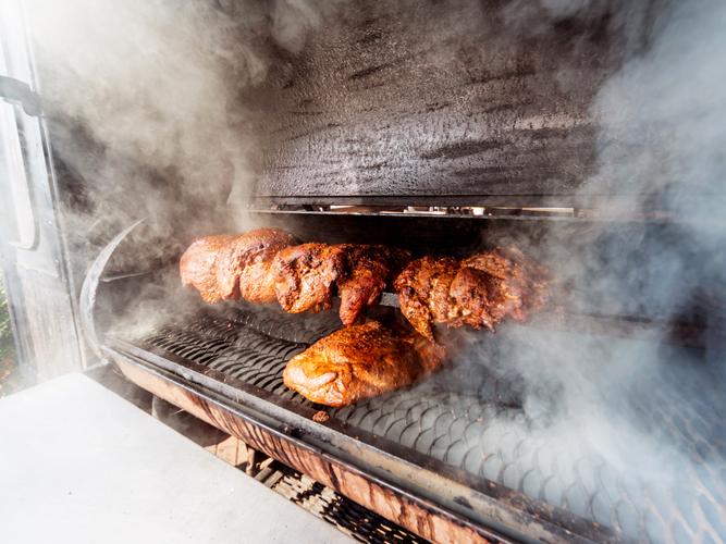 本場アメリカ式BBQの燻製焼に欠かせないスモーカー