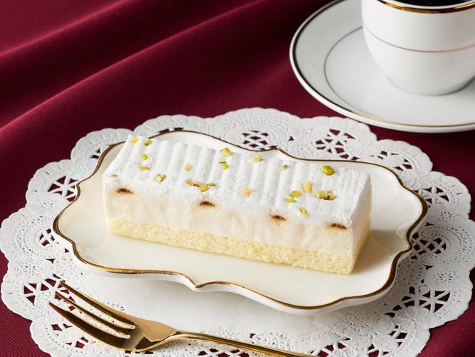 アイスケーキ白いティラミス イメージ画像