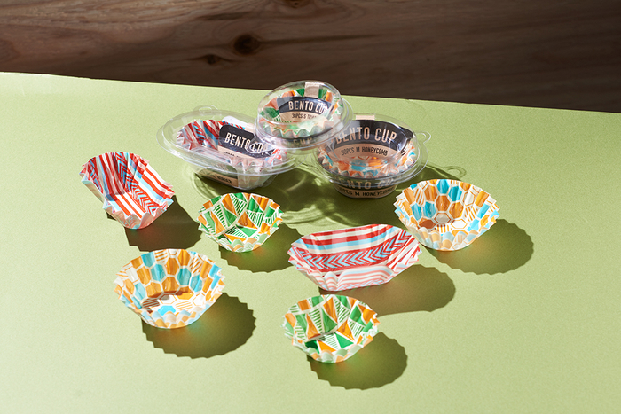 「弁当カップ 各種」価格:各98円/各30枚入り/3サイズの展開です。