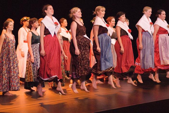 スロヴェニア女声合唱団「カルミナ・スロベニカ」」