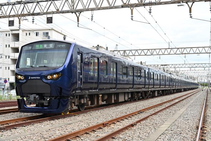 相鉄・JR直通線用新型車両「12000系」