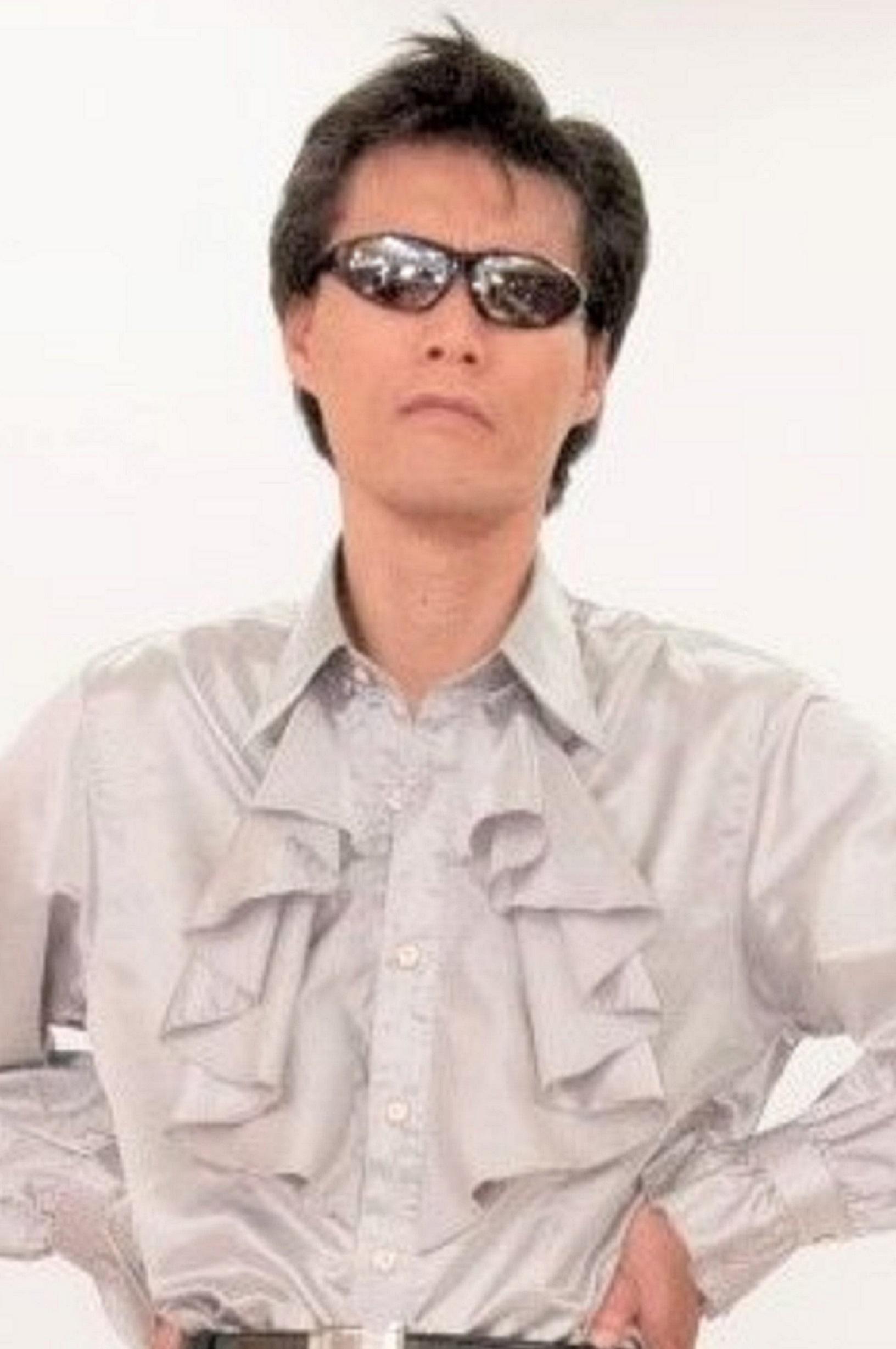 詩月財団会長 GOD