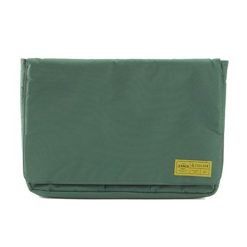 「ガジェットケース L」価格:980円/サイズ:W35×D25×H3cm