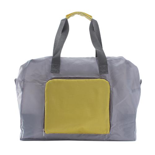 「折り畳みボストンバッグ」価格:690円/サイズ:W40×D15×H31.5cm/急に荷物が増えても安心な、ボストンバッグ。