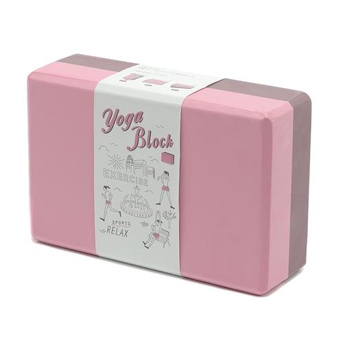 「ヨガブロック」価格:490円/サイズ:W23×D8×H18cm/ヨガやストレッチのポーズを補助するアイテムです。